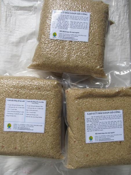 Gạo lứt trắng Đài Loan Gò Công (túi 2kg) của Công ty Cổ phần Lương Thực Phương Nam